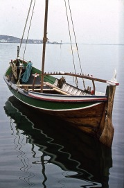 båt  r  -1