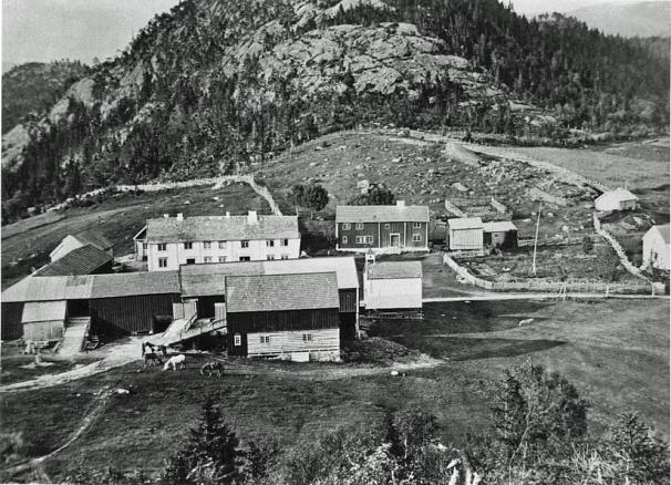 Bjørg ca. 1890