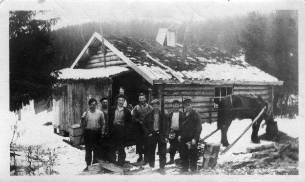 Skogastu og tømmerhoggere i Sve 1939 Olaf J Kolstad